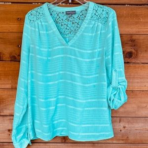 Market & Spruce mint green blouse with lace back